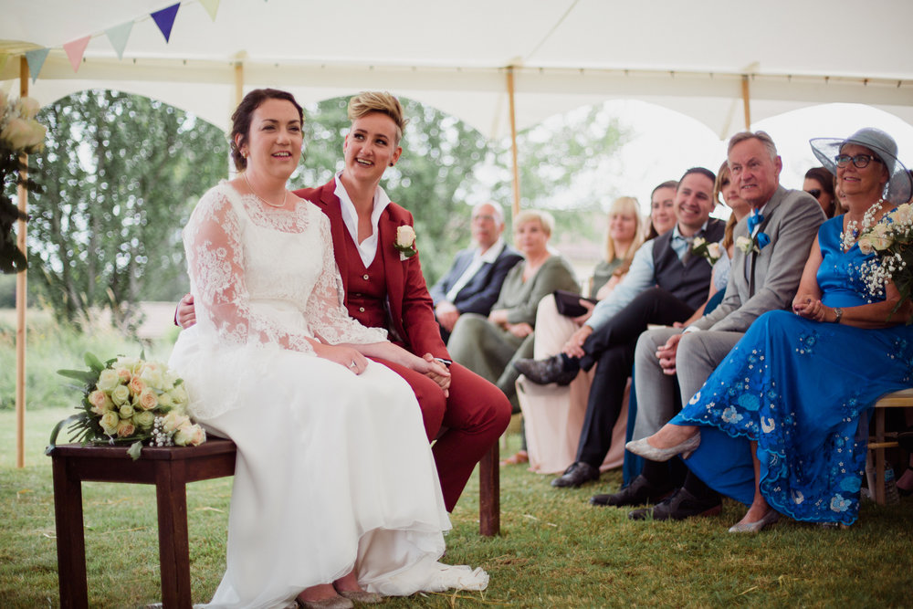 mariage lesbien gay Bergerac cérémonie laïque Dordogne Photographe Pauline Maroussia P Bordeaux