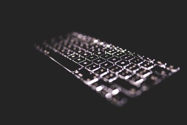 keyboard-lit-dark.jpg