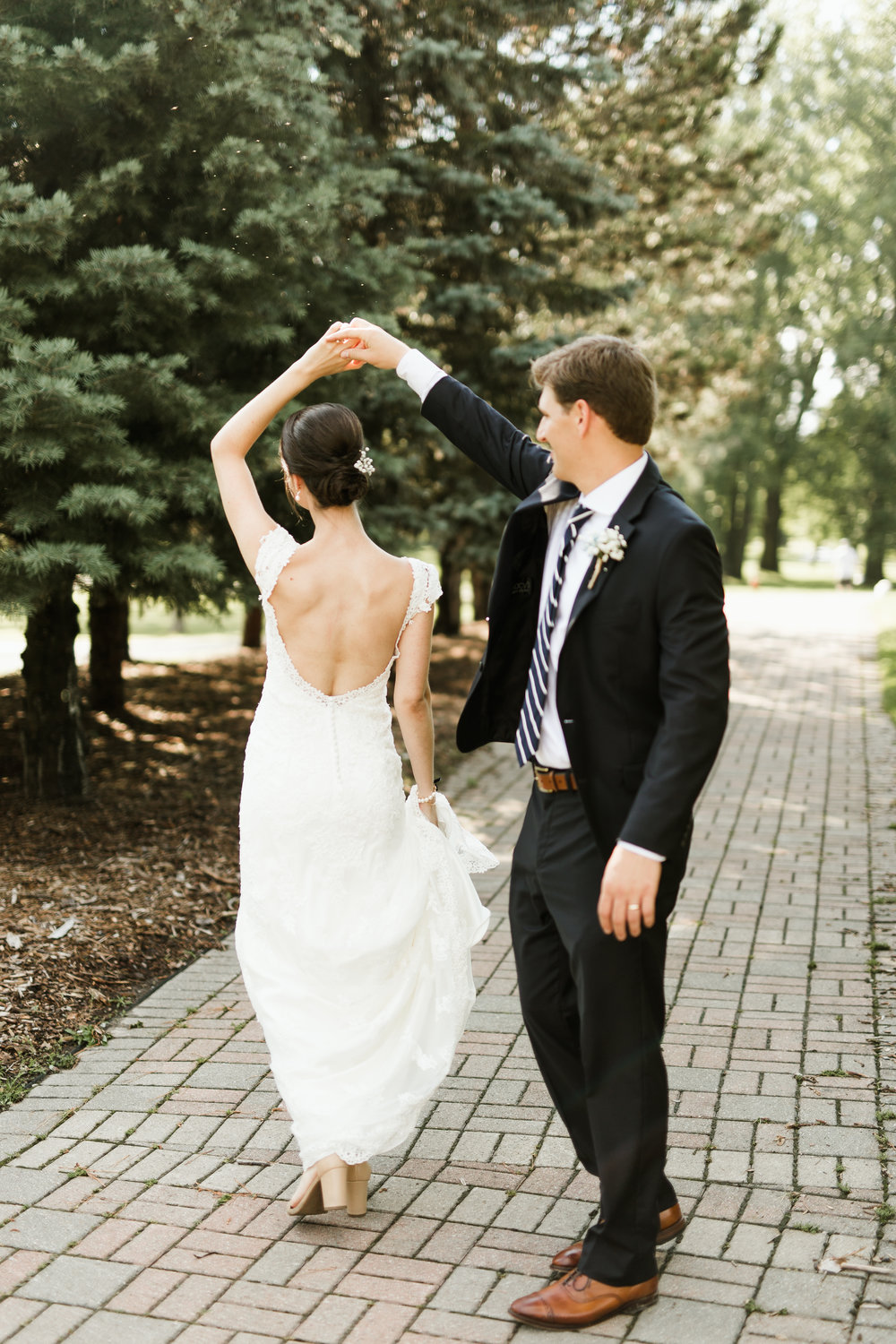- What's your approach on a wedding day?We want to complement your wedding, NOT complicate it. We are there to capture your day!We also hope to make you feel comfortable,confident and thinking