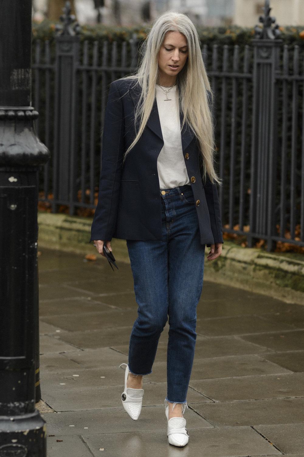 Sarah Harris - London