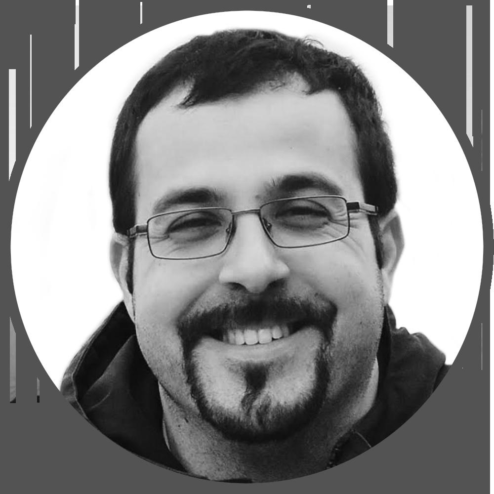 LUIS ROIG (CEO EN DRAWFOLIO)   Fundador de Drawfolio. Anteriormente parte del equipo de otros proyectos emprendedores como Worodu o Portal del Rock. Fundador de  Nectio Labs , donde ha ayudado a empresas y emprendendores en tareas de software, diseño y estrategia.