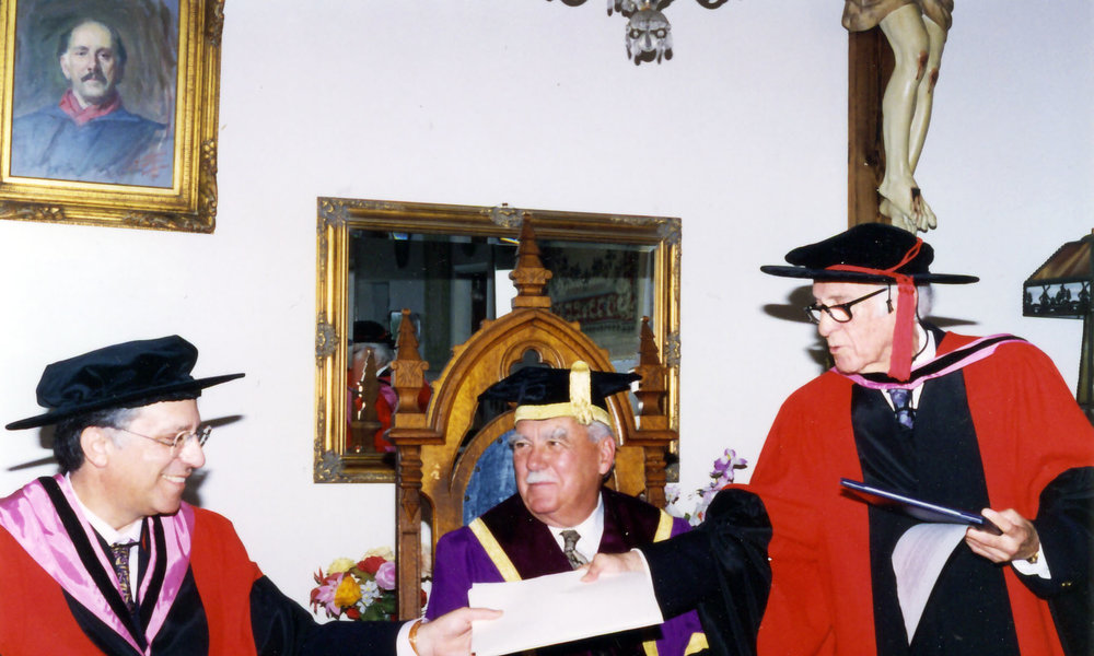 Celedonio receives Honorary Doctorate 1995