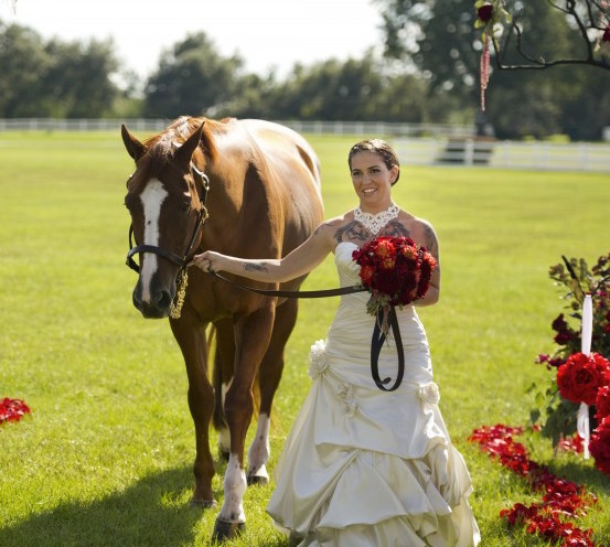 ashley and justin - aubrey hills equestrian center wedding - aislinn kate photography - grace and serendipity