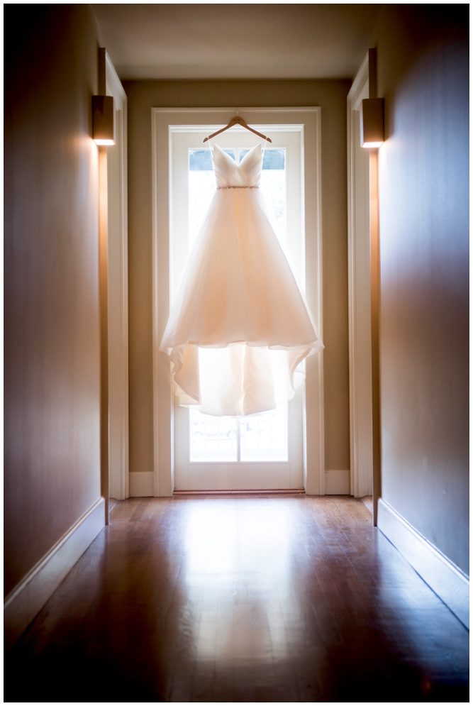 Wedding Dress - Lee House Pensacola - Aislinn Kate Photography