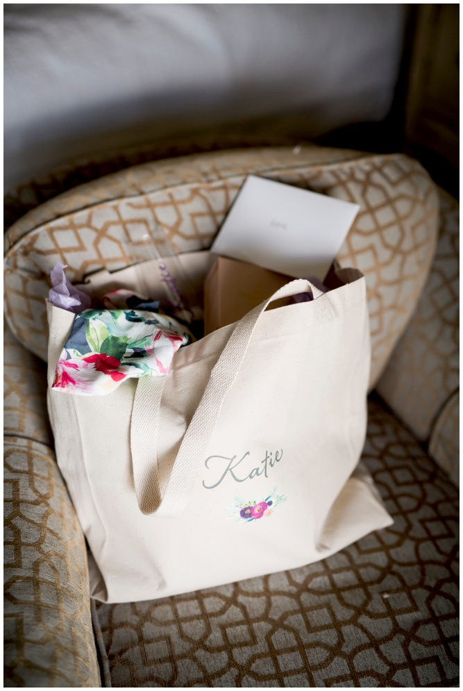 Personalized Bridesmaids Gifts - totes by Grace and Serendipity - Aislinn Kate Photography