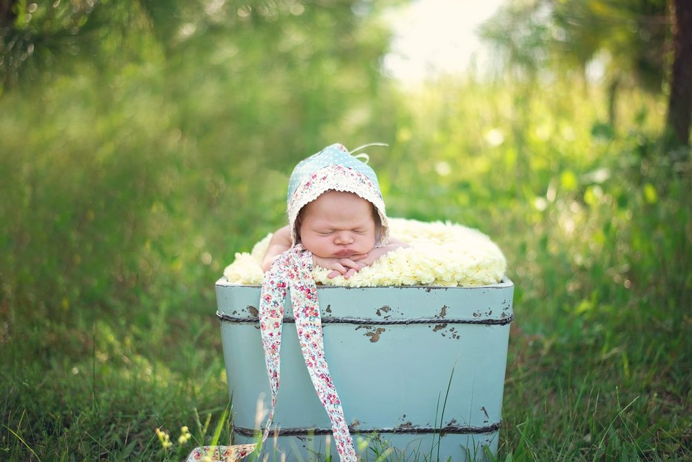 Newborn Photos at the beach in CT