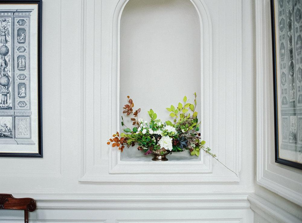 floral arrangement - Gloster House in Brosna, Birr, Ireland