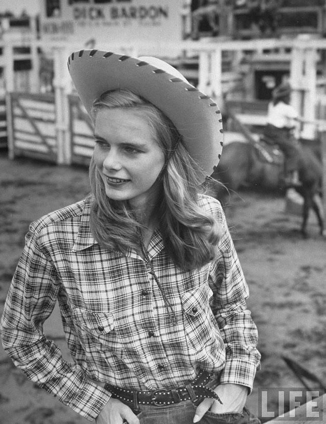 cowgirls1.jpg
