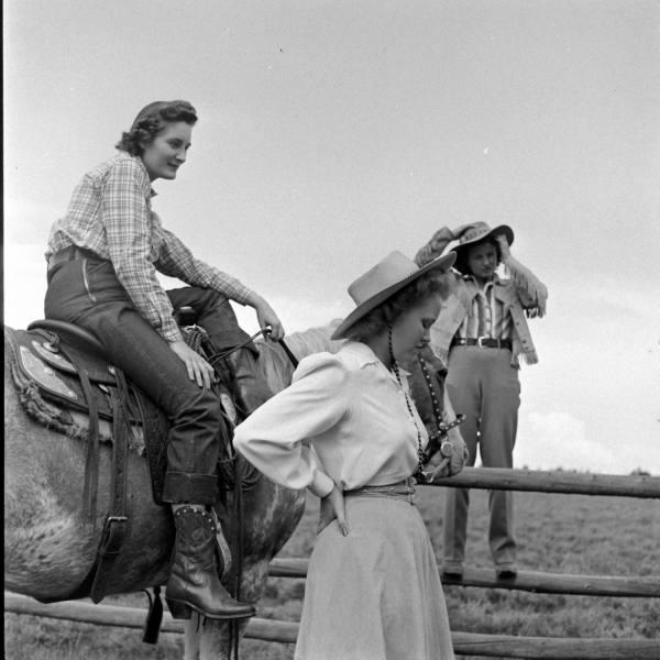cowgirls51.jpg