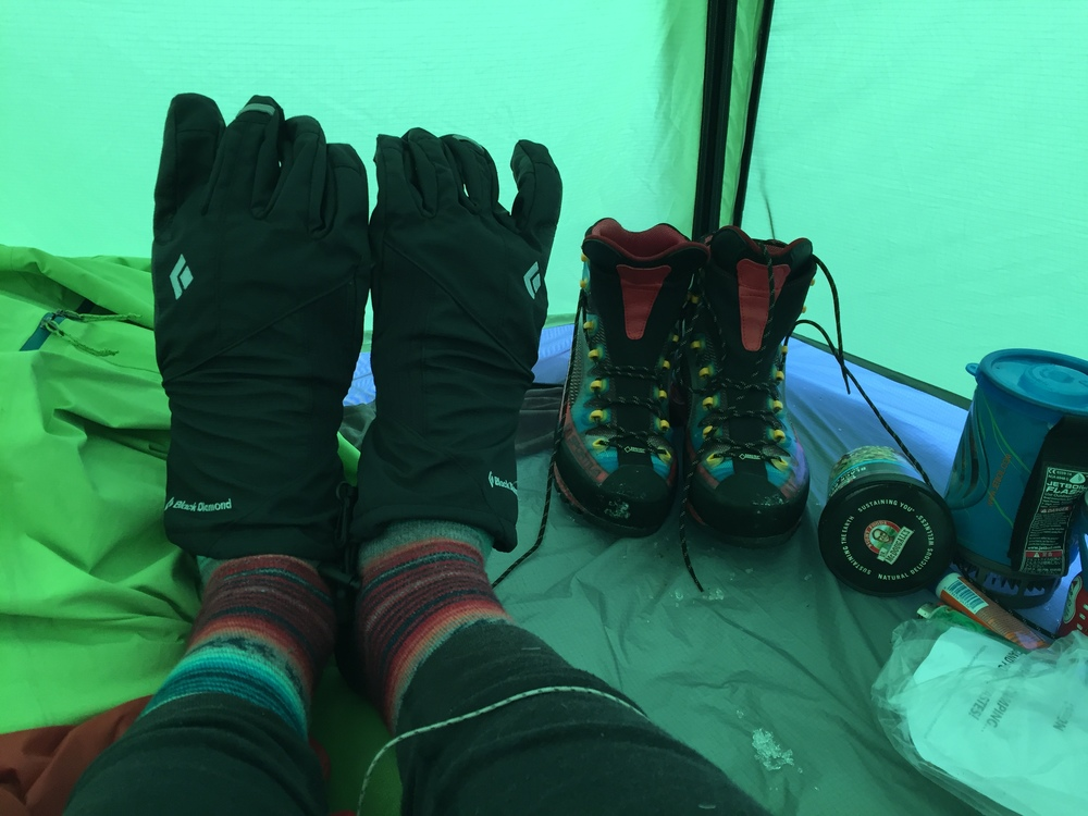 coldfeet in tent on shasta