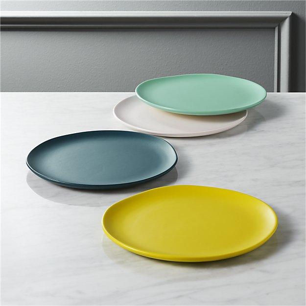 Dinnerware-CB2-Crisp-050717.jpg