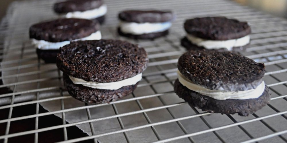 Paleo Oreo Cookie Recipe - CHECK IT OUT!