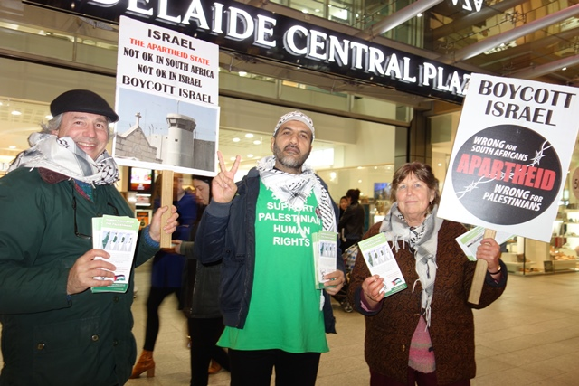 Phil, Abbas and Sue maintain Week #297 of BDS action in Rundle Mall, Adelaide. [Photos: M. Cassar, AFOPA]