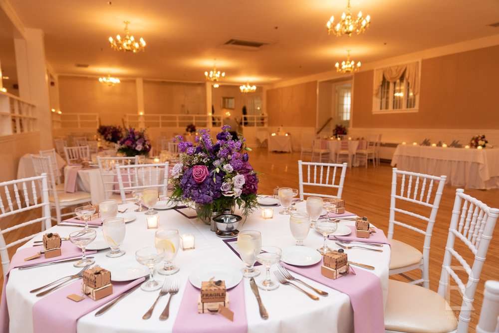 VENUE - I know that took lots of time to select a venue and even more time deciding how to decorate it. From your color scheme to your wedding theme, I'll photograph all the hard work put into your wedding venue.