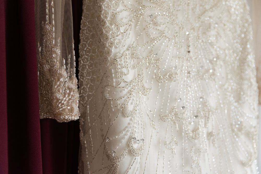 YOUR GOWN - Your wedding dress can make a princess in a huge ballgown, or trendy in your favorite designer. Some wedding dresses are strapless, while some are short and simple. Whatever you choose, wear what makes you feel stunning.