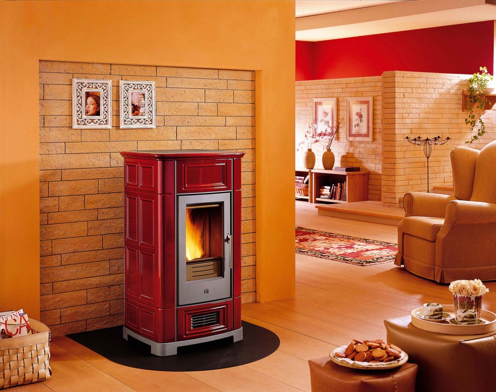 Piazzetta Pellet Stove Provides Beautiful and Inviting Warmth