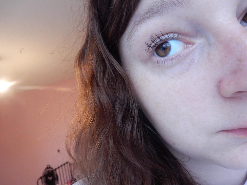 beauty blogger younique moodstruck 3D fiber lash mascara review