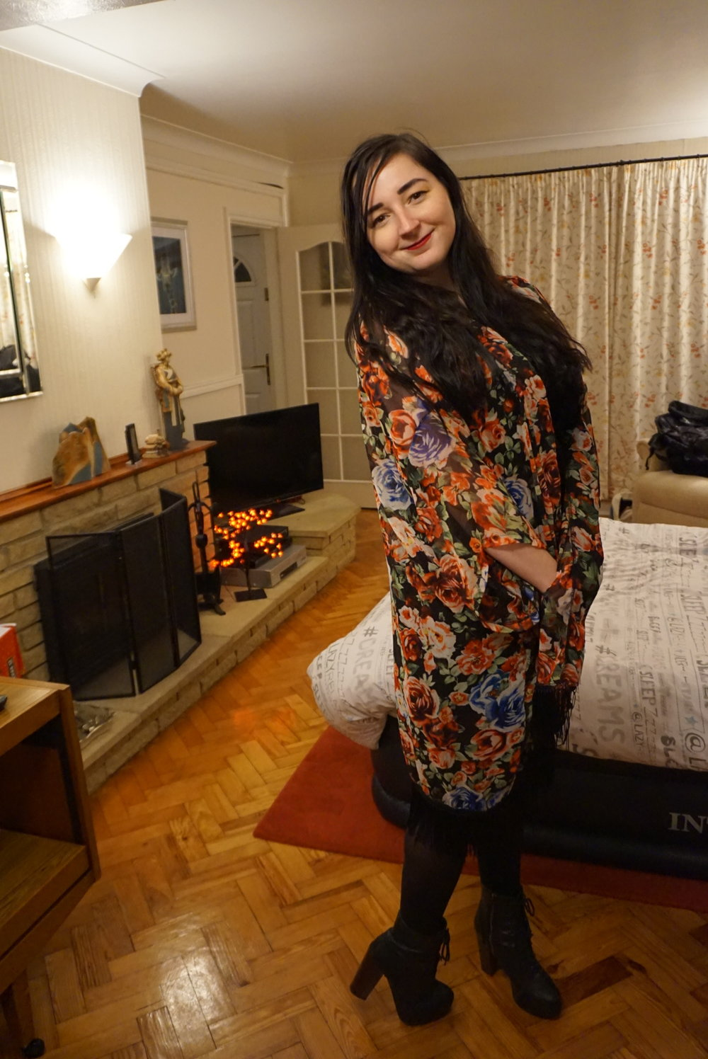 fashion blogger valentine's day date night ootd