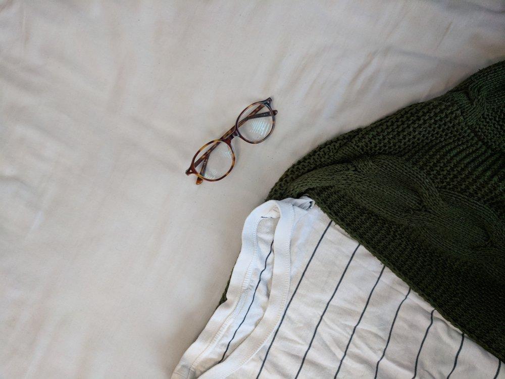 fashion blogger workwear lookbook chunky knit casual