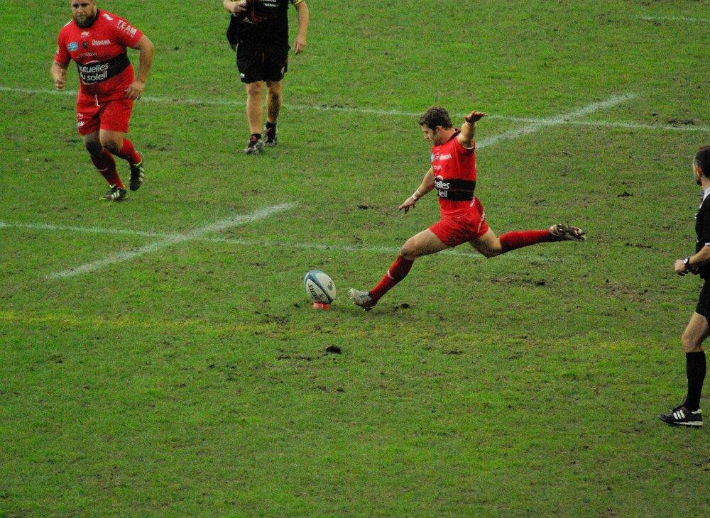 rugby-kick.jpg