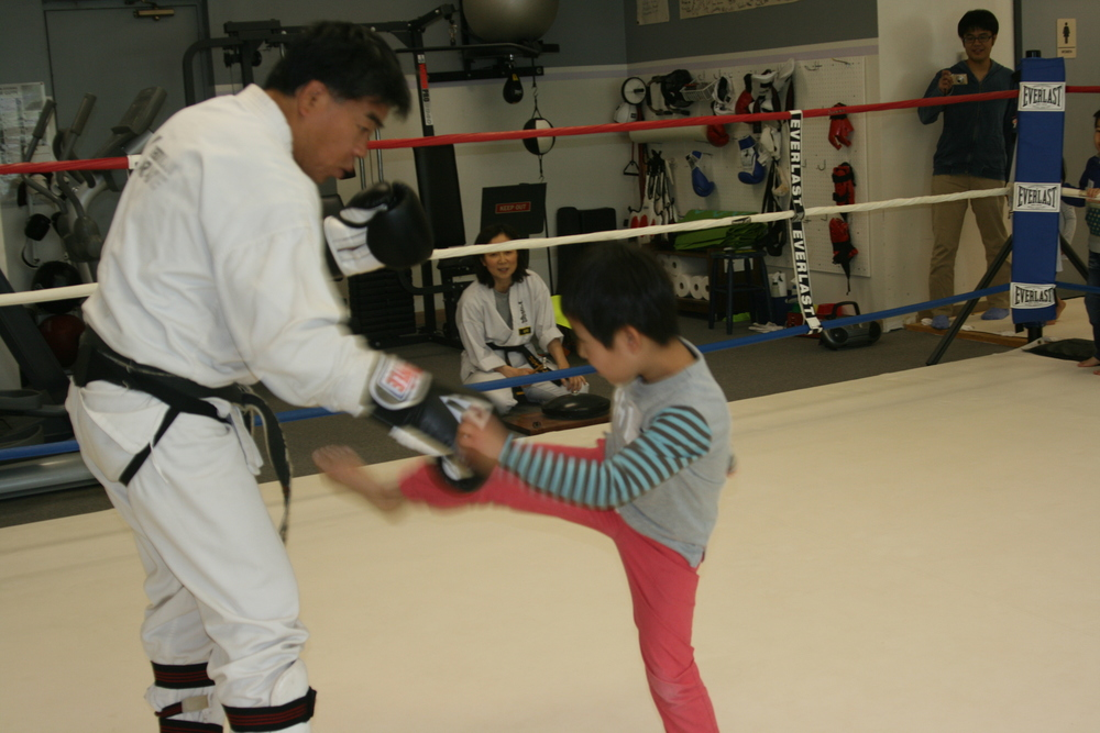 The party guest also get to tryout sparing with Shihan Matsumoto.