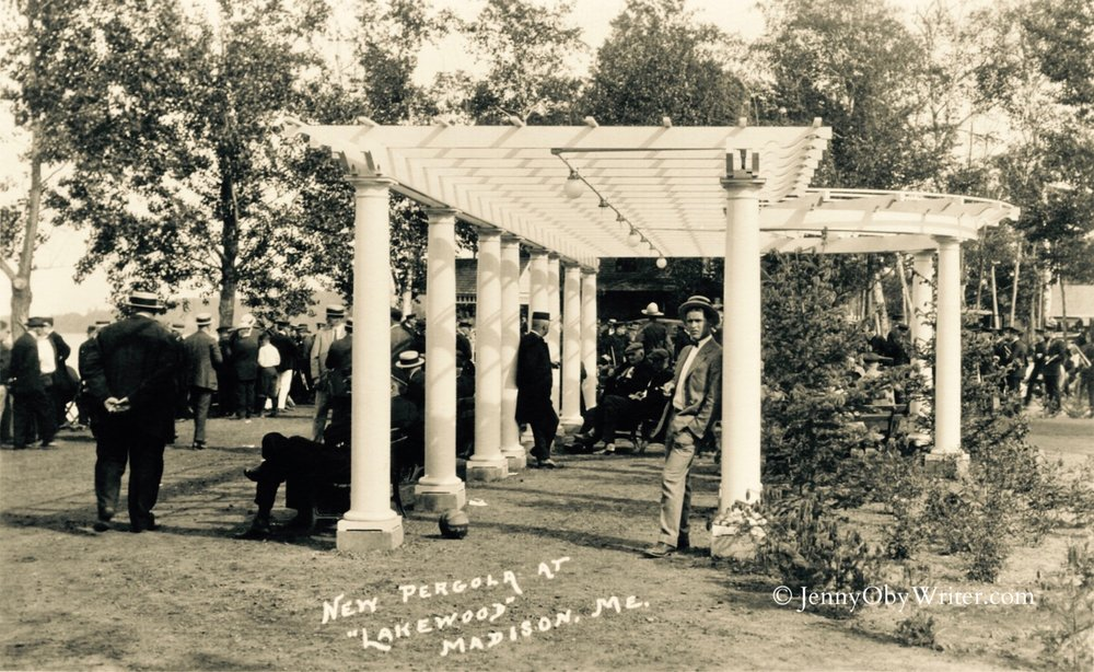 The pergola that Swett built to beautify the lakefront. Today, the pergola stands on the grounds of the Colony House Inn at Lakewood.