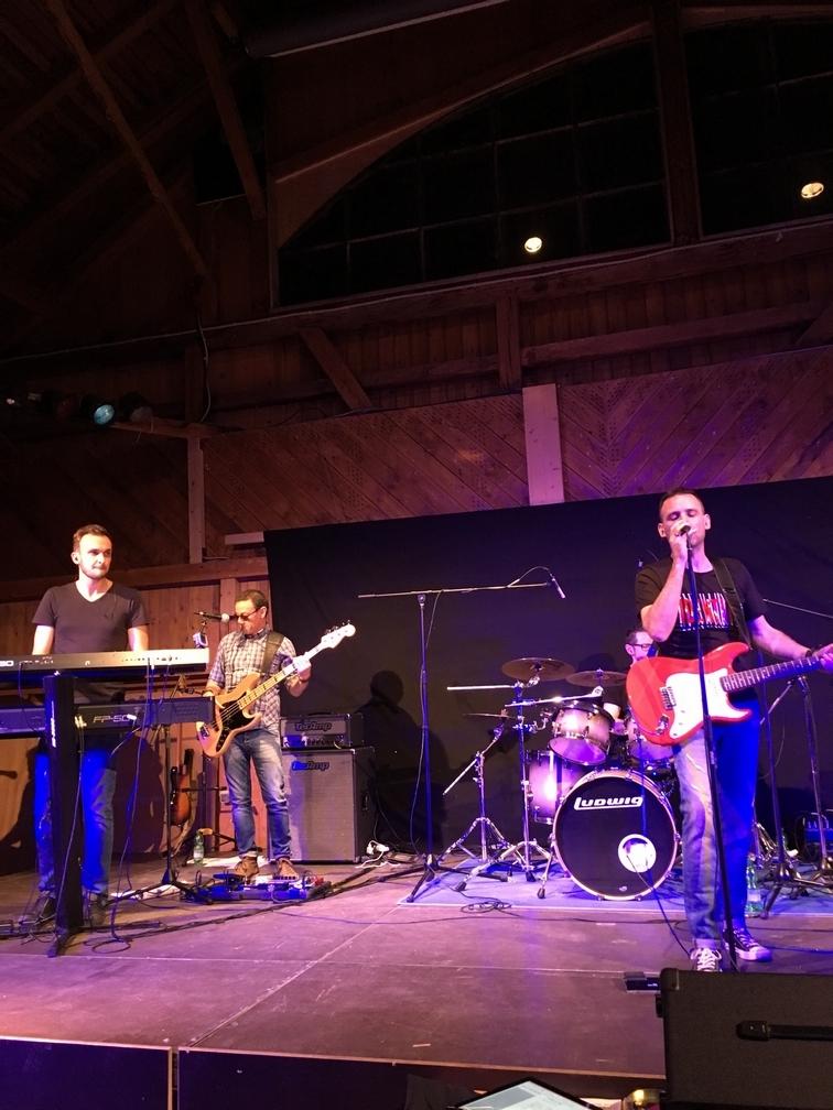 Nevershire live 2016 - Copyright nevershire.com (1).jpg