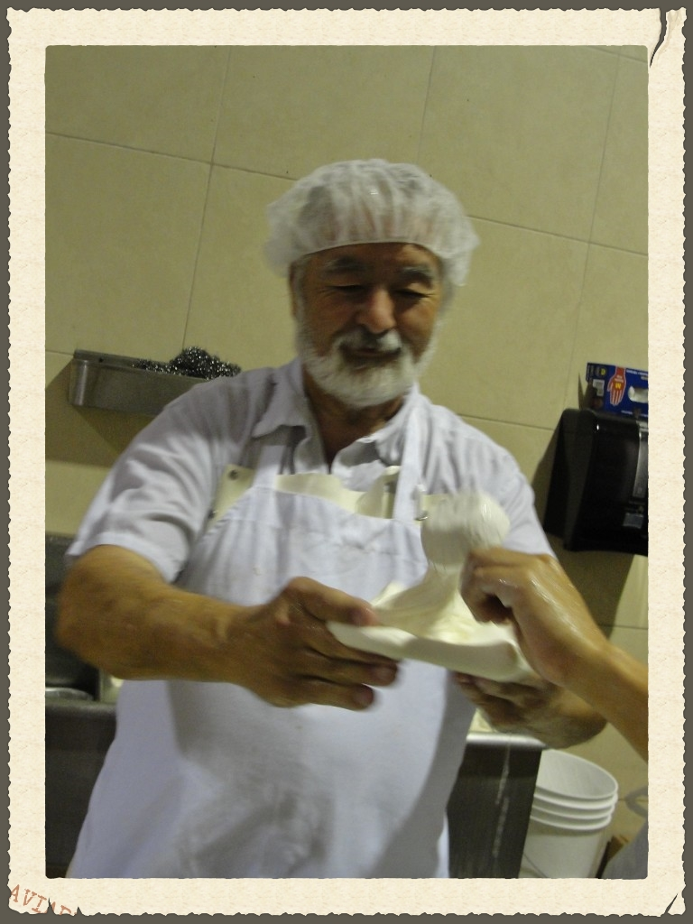 vito-making-burrata-768x1024.jpg