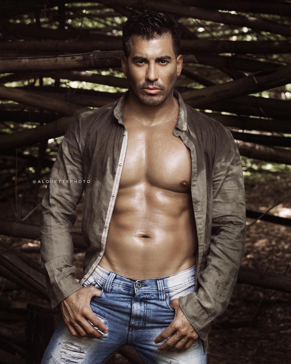 TINNO DELGADO  (@tinnodelgado) Modelo / Actor