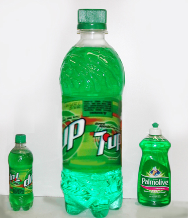 giant 7 up bottle prop