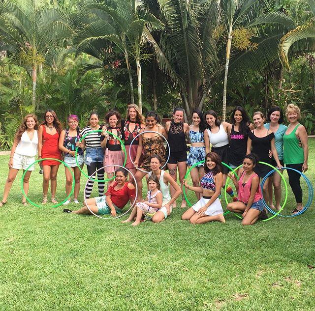 This was #summerhoopingmx Gracias!!! #shmx2017 #hulahoopmx #hulahoopmx #hulaenmexico #caterinasuttin #selenialoquita #kristinasutcliffe