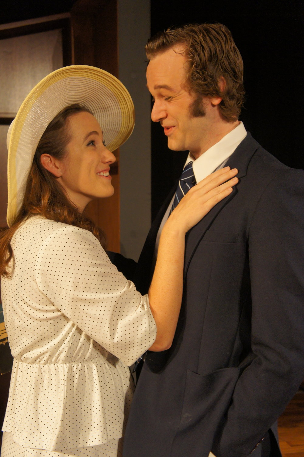Caroline Cushing (Bryn Curry) and David Frost (Sean Lundberg) on the beach