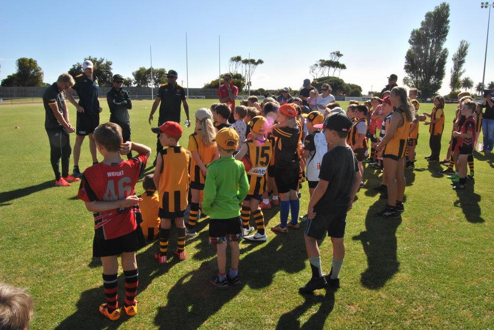 Ben McEvoy, Shaun Burgoyne, Will Langford and Kade Stewart speak with a group of AusKickers.