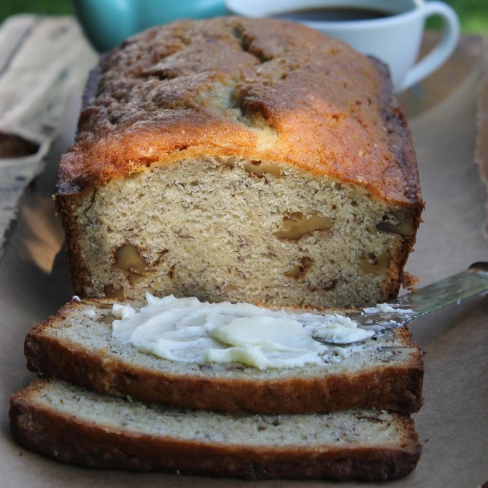 caroline's kitchen table - banana bread