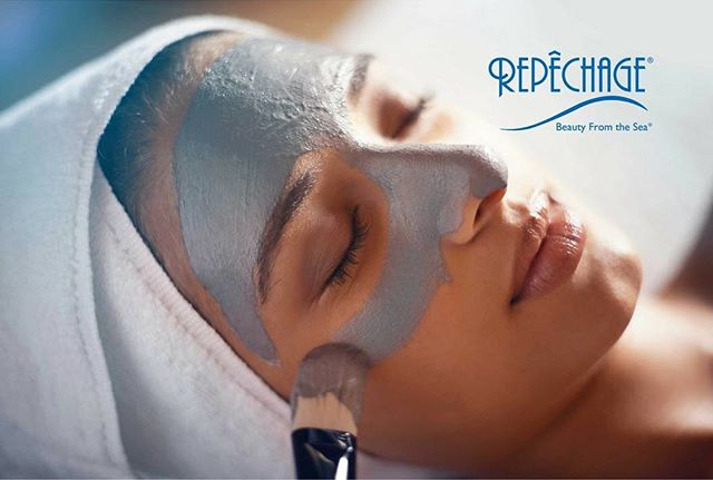 Get your skin glowing with a Repêchage seaweed-based facial. Enjoy a cool seaweed mask, followed by a mineral-rich thermal mask that allows for total relaxation and wow results. Skin is cleaner and younger looking —- only $55. Book your appointment today! Link in bio.  #MothersDaySpecials available for a limited time until May 26!