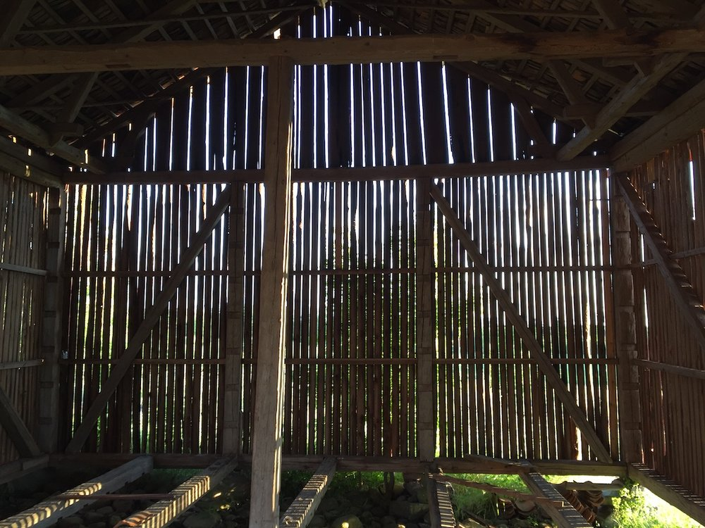 2. barn_interior.jpeg