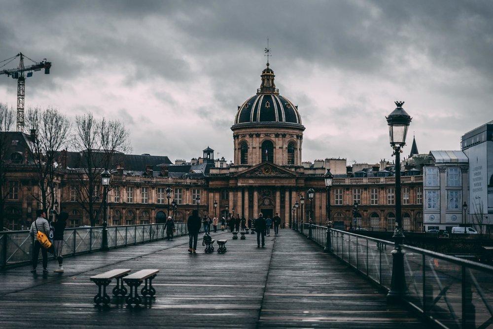 ParissStock-150.jpg