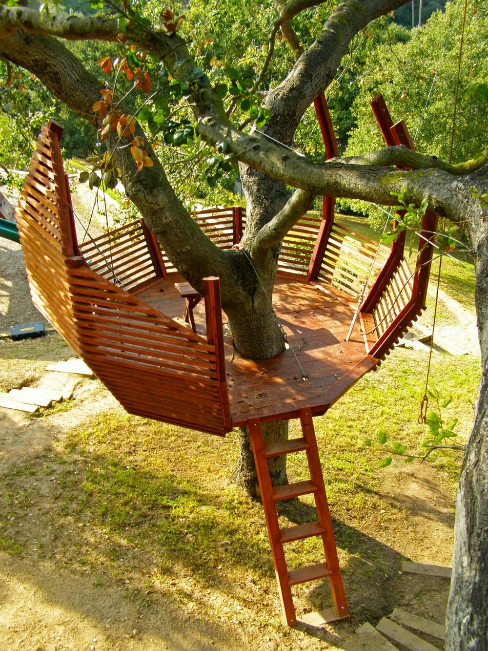 Домик для ребенка на дереве своими руками фото
