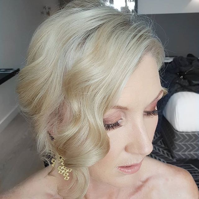 Back to the @qt_hotels last night for makeup on the very glamorous @rachel_smalley for the Hospotality Awards hosted by @nzhighcountry Hair by @beautifulbridalhair
