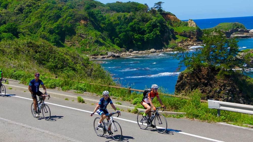 Cycle tour the Noto Peninsula