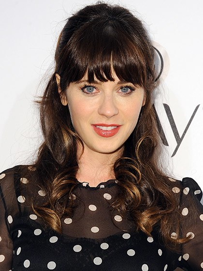celebrity-trends-2015-10-zooey-deschanel-with-dark-hair.jpg
