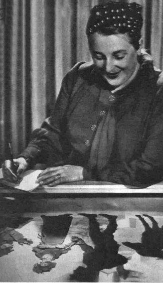 Lotte_Reiniger_1939.jpg