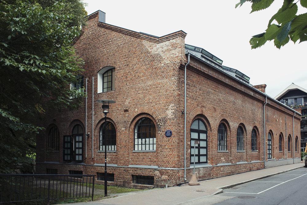 Muralverkstedet holder til i Atelier Lilleborg i Ivan Bjørndals gate 27 på Sandaker i Oslo.
