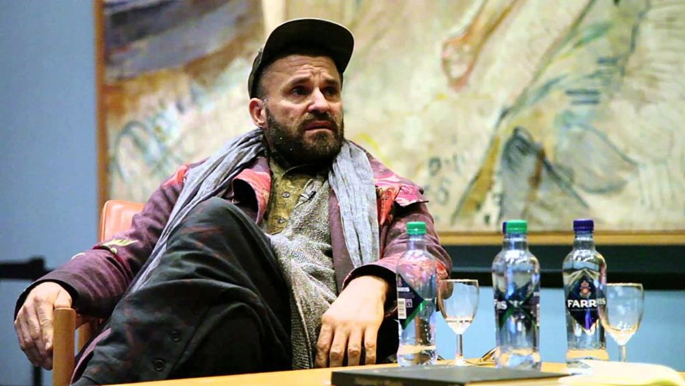 Bjarne Melgaard at the Munch museum, Oslo, in 2015. Via YouTube.