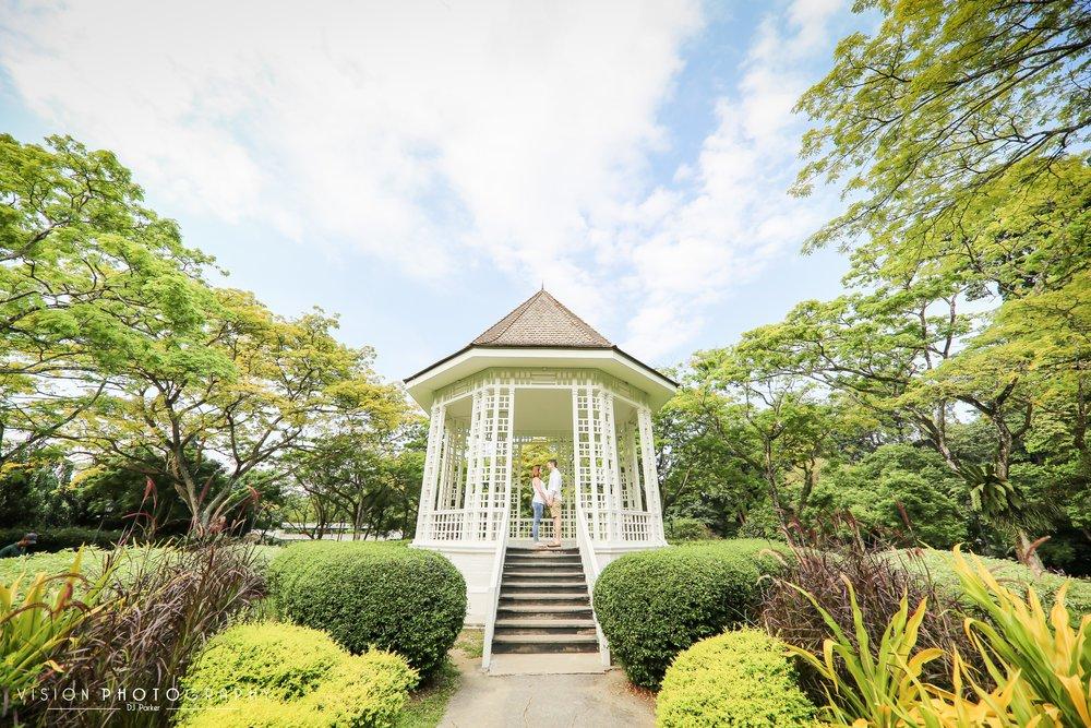 Outdoor maternity Botanic Gardens