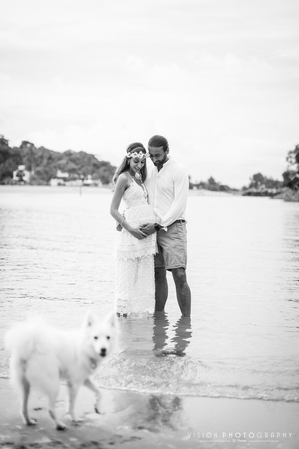 Outdoor maternity Sentosa black and white