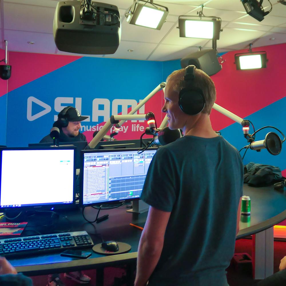 Muziek curator bij SLAM! - Voor het populaire (dance) radioprogramma The Boom Room bij SLAM! heeft Mitch gedurende twee maanden de muziek geselecteerd en aan elkaar gemixt.