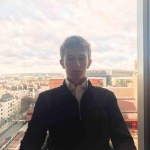Luca Schnettler, Founder, HealthyHealth