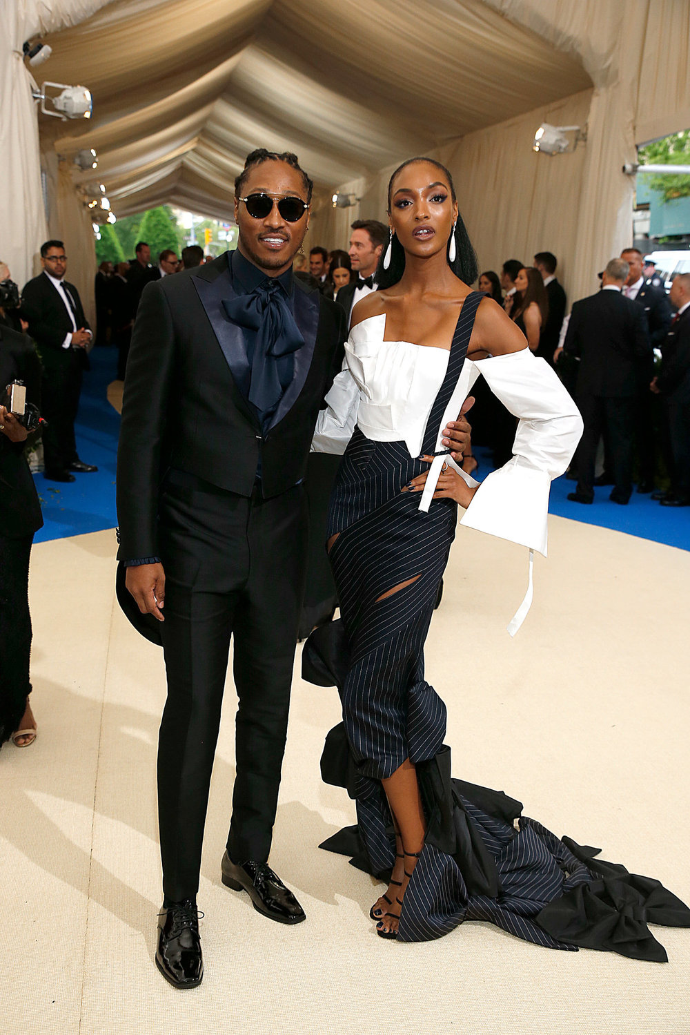 Jourdan Dunn in custom H&M - Image From NewYorkTimes.com
