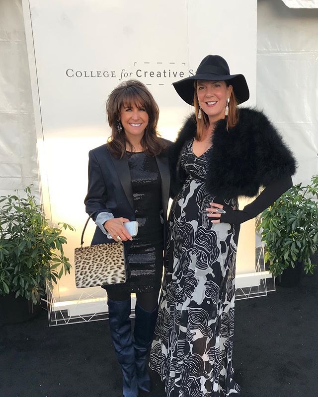 Dress code: Sat night Glam for the annual CCS Art and Wine auction. .#fashionblogger #styleblogger #saturdaynight @ccs_detroit @ccs_wine_auction #detroitart #leopardtrend #fallboots #fallhats #wineevents #fashion #glamnight #falltrends #fashionaccesories